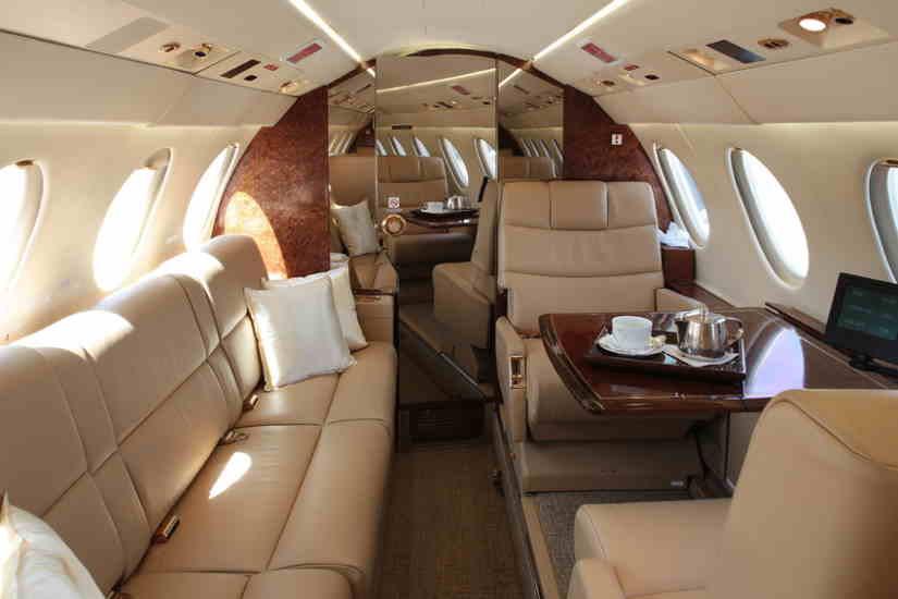 бизнес джет Dassault Falcon 50 EX
