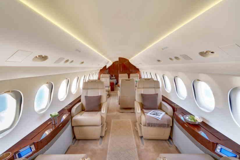 салон самолета Dassault Falcon 7X
