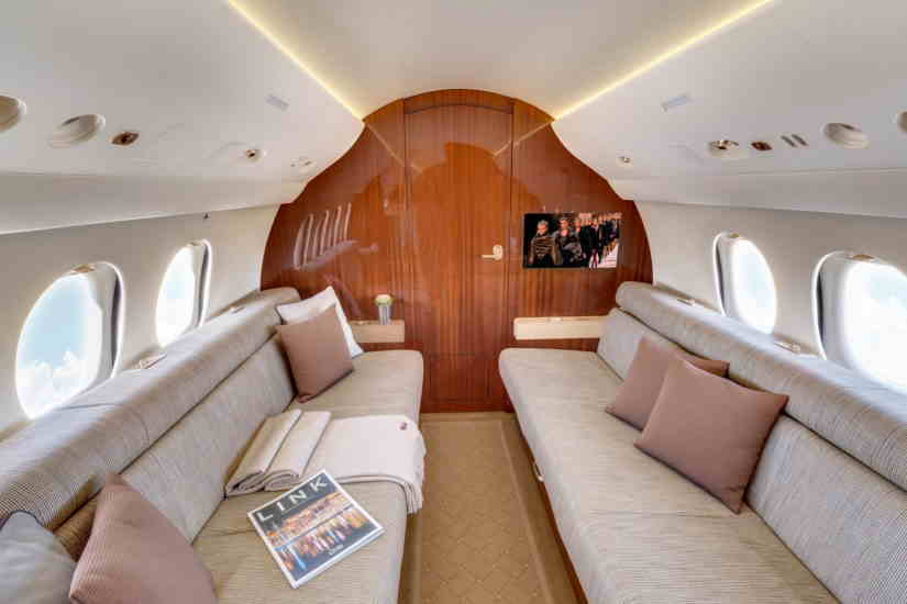 бизнес джет Dassault Falcon 7X