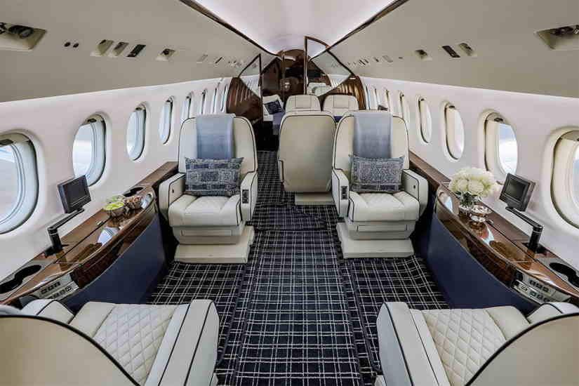 салон самолета Dassault Falcon 900 EX