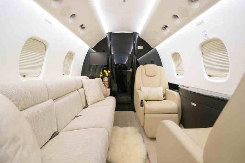 бизнес джет Embraer ERJ-135BJ Legacy
