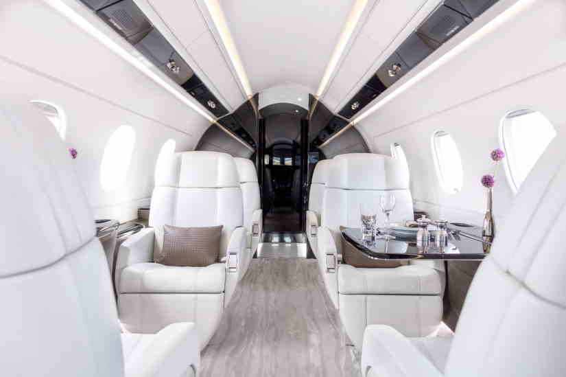 бизнес джет Embraer Legacy 450