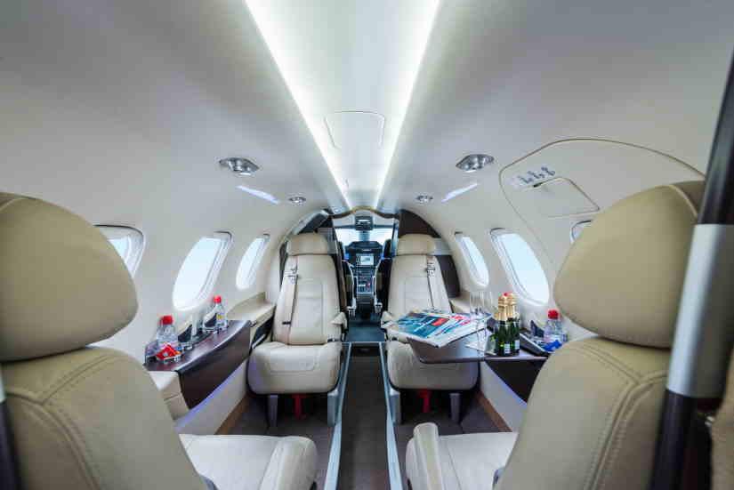 бизнес джет Embraer Phenom 100