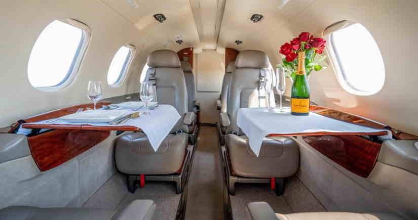 бизнес джет Embraer Phenom 300
