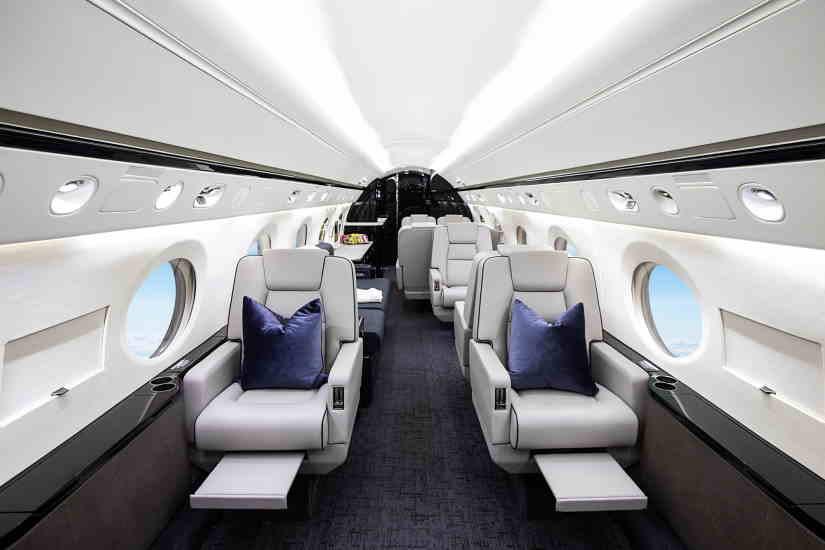 салон самолета Gulfstream G400