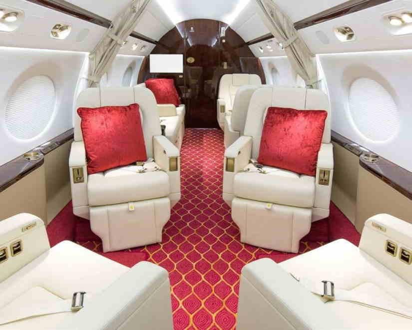 салон самолета Gulfstream G450