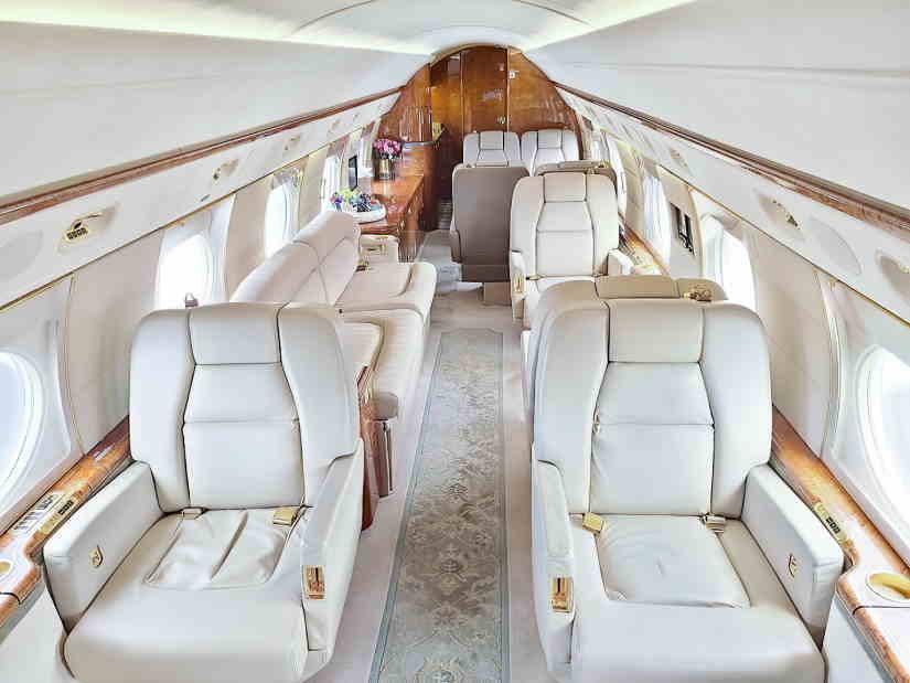 салон самолета Gulfstream GV