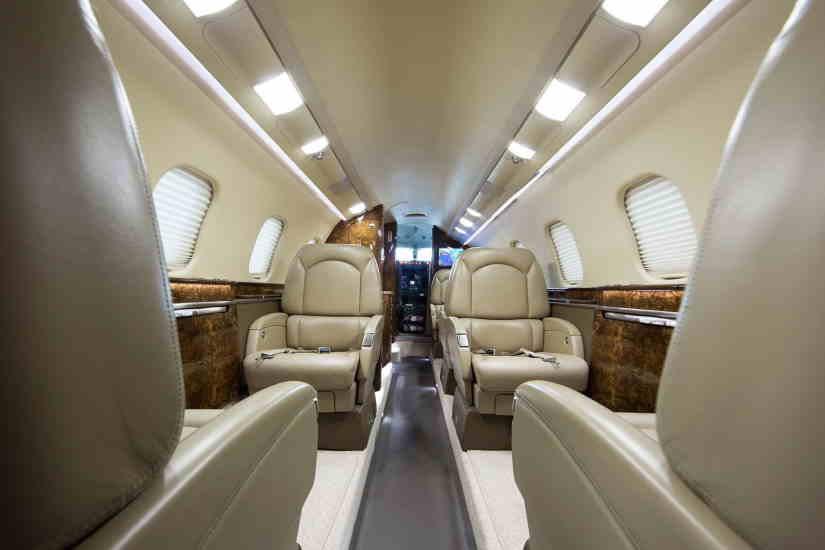 бизнес джет Learjet 60XR