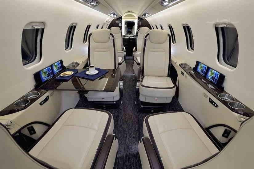 бизнес джет Learjet 75
