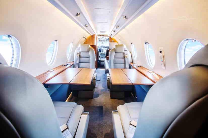 салон самолета Nextant 400 XT