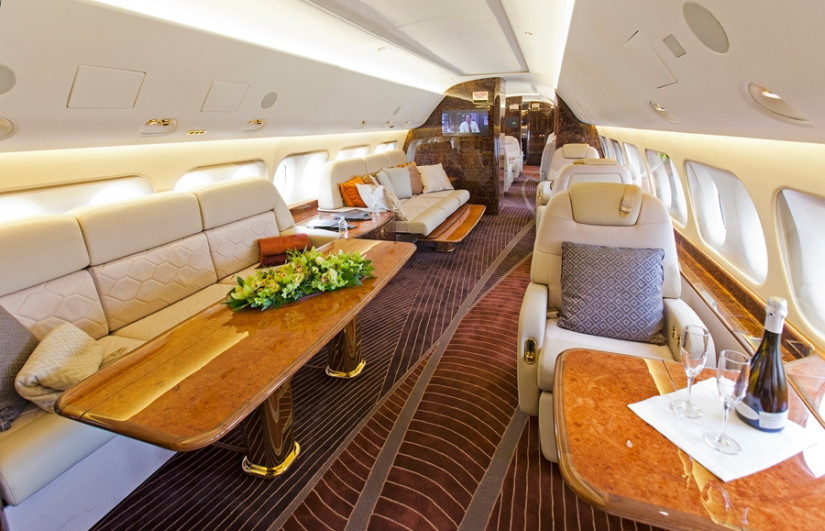 бизнес джет Sukhoi Business Jet
