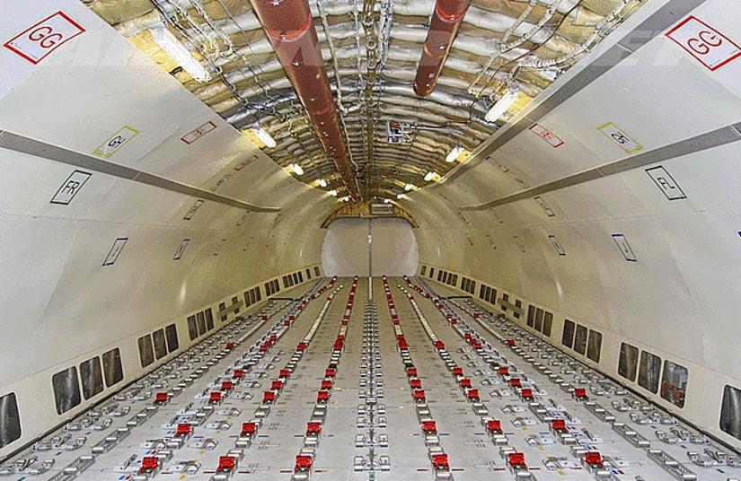 салон самолета Airbus A300-A600F