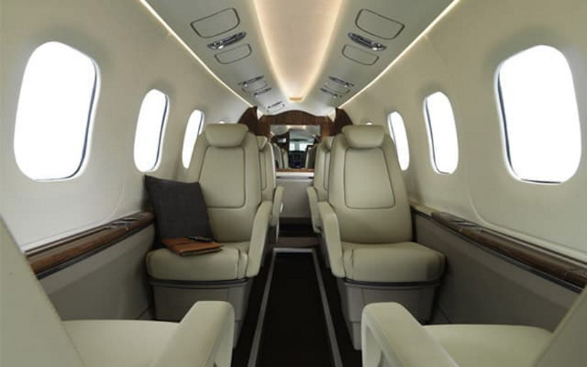 салон самолета Grob G180 SPn