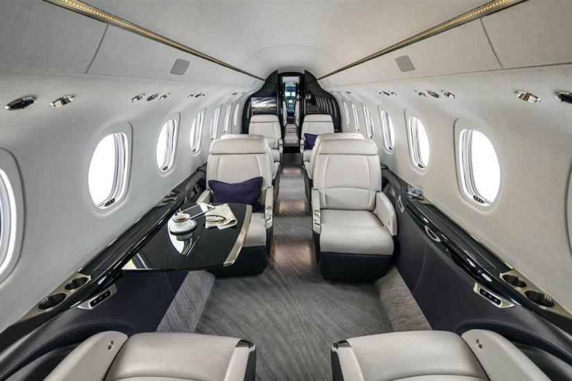 салон самолета Cessna Citation Longtitude