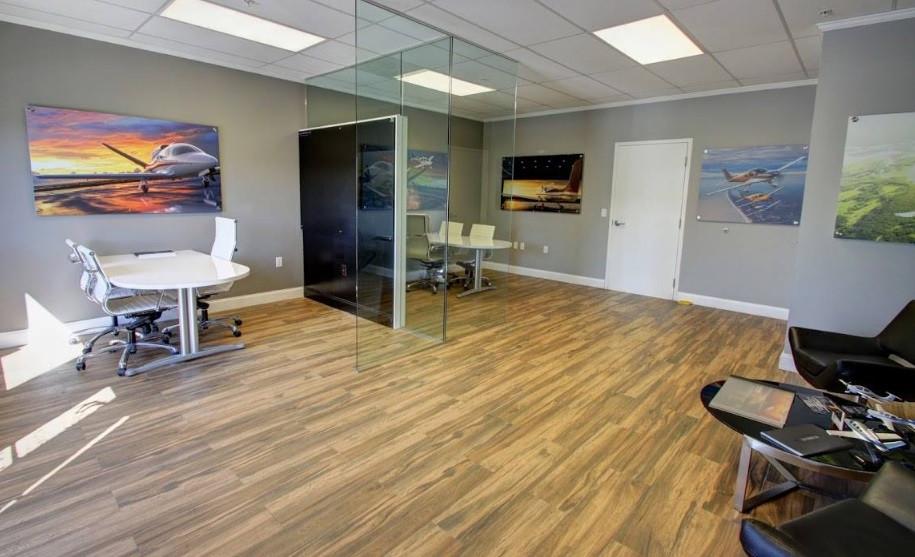 фото офиса центра бизнес авиации