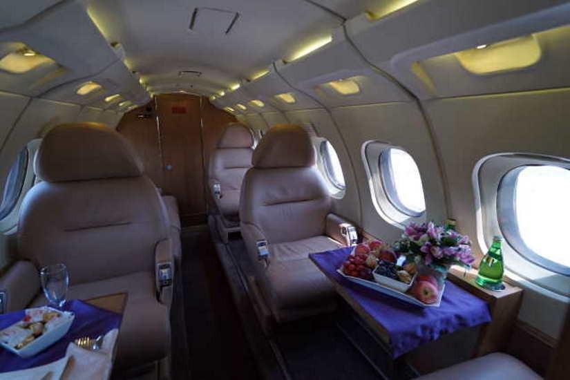 бизнес джет Beechcraft Hawker 700