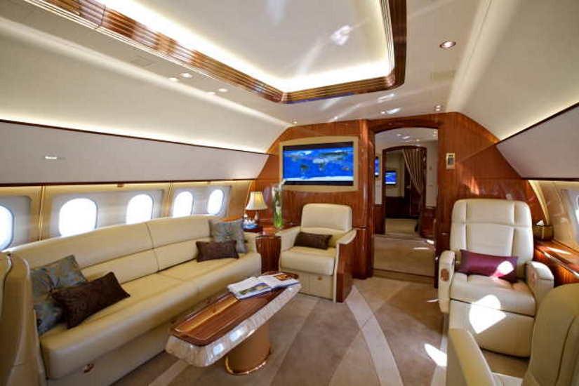 салон самолета Airbus A319 CJ