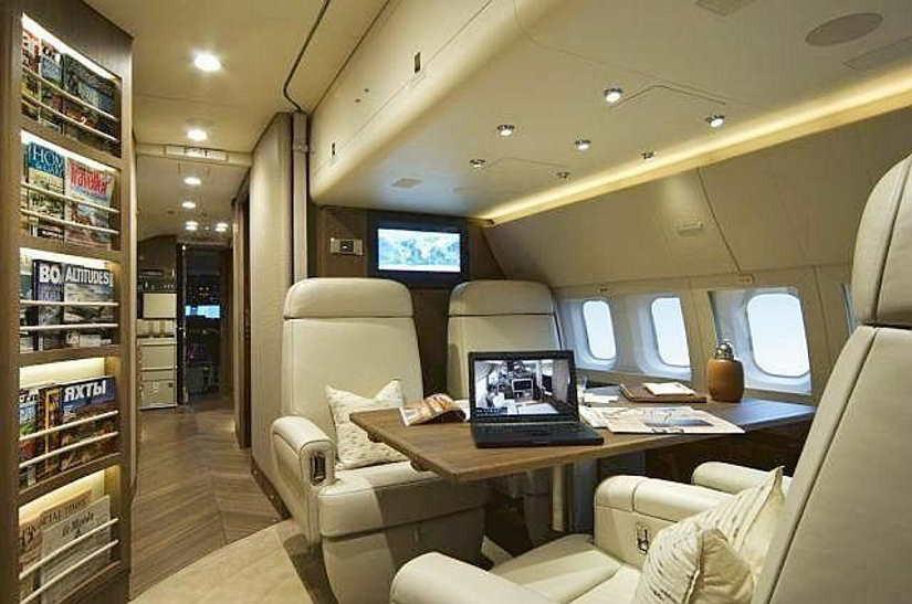 салон самолета Boeing Business Jet (BBJ)