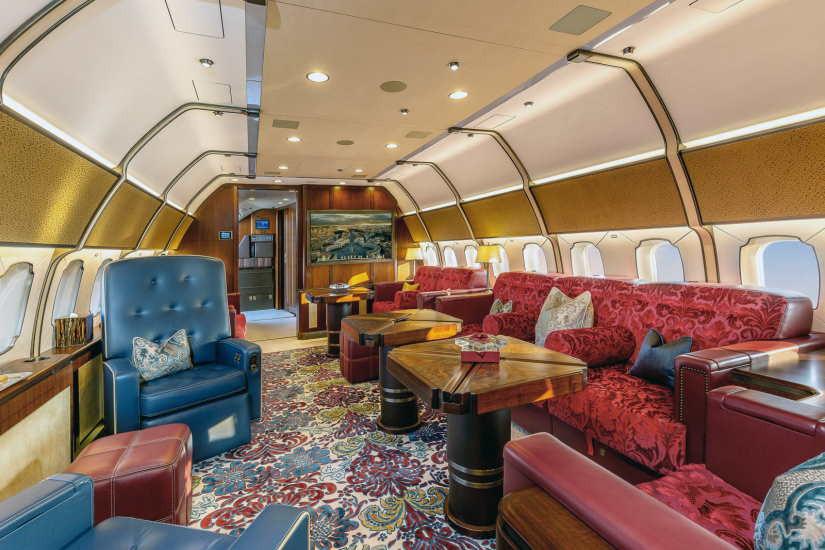 салон самолета Boeing Business Jet 3