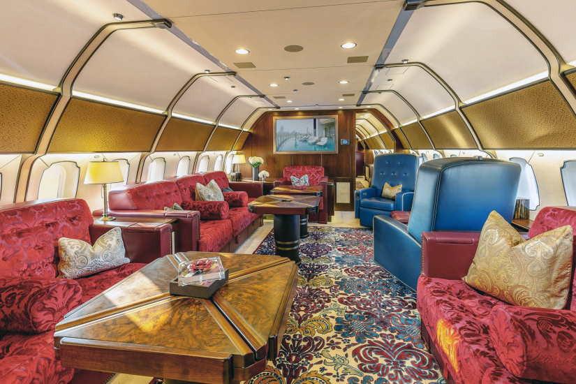 бизнес джет Boeing Business Jet 3