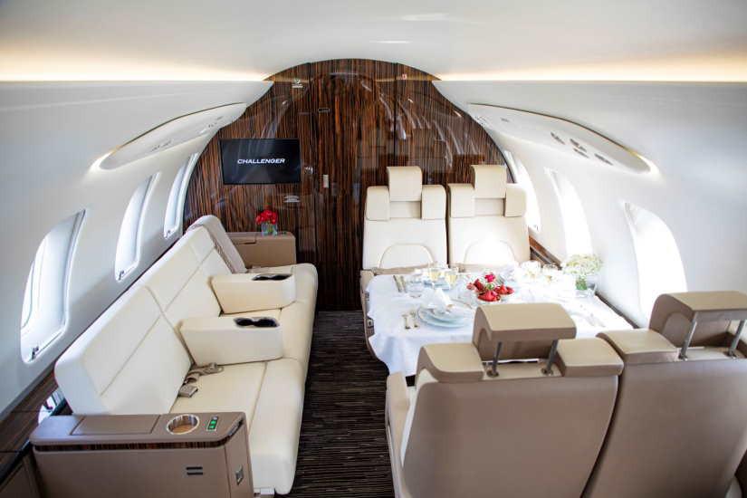 бизнес джет Bombardier Challenger 650