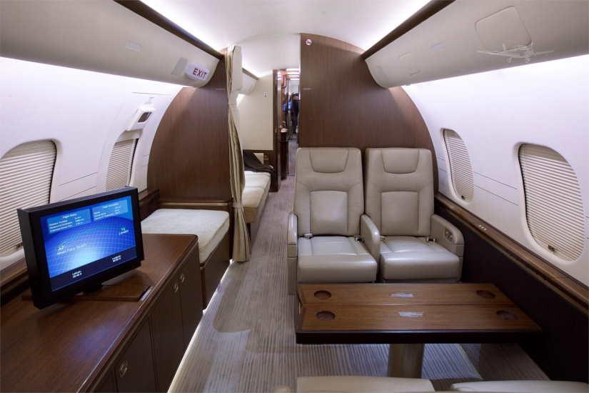 бизнес джет Bombardier Global 5000