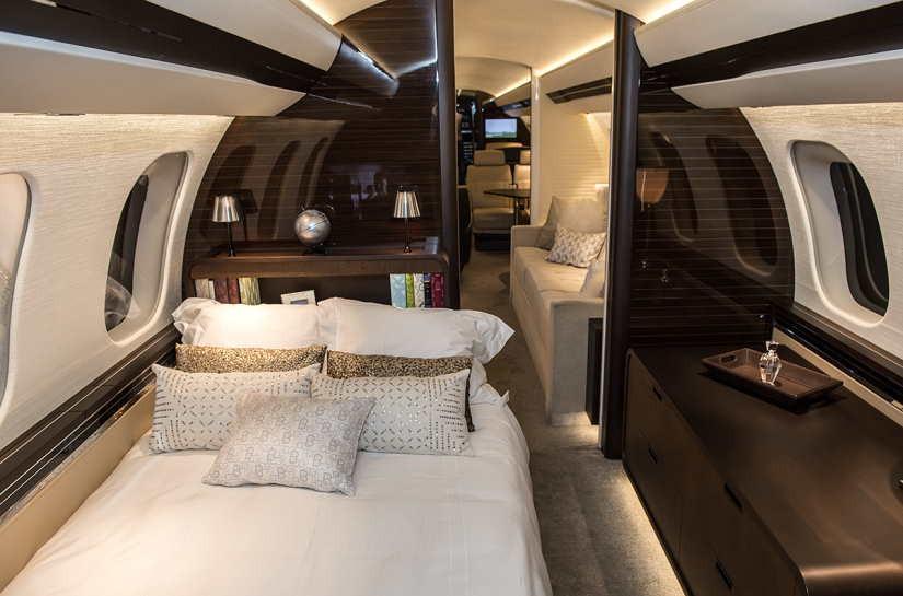 салон самолета Bombardier Global 7000