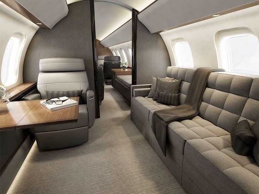 салон самолета Bombardier Global 8000