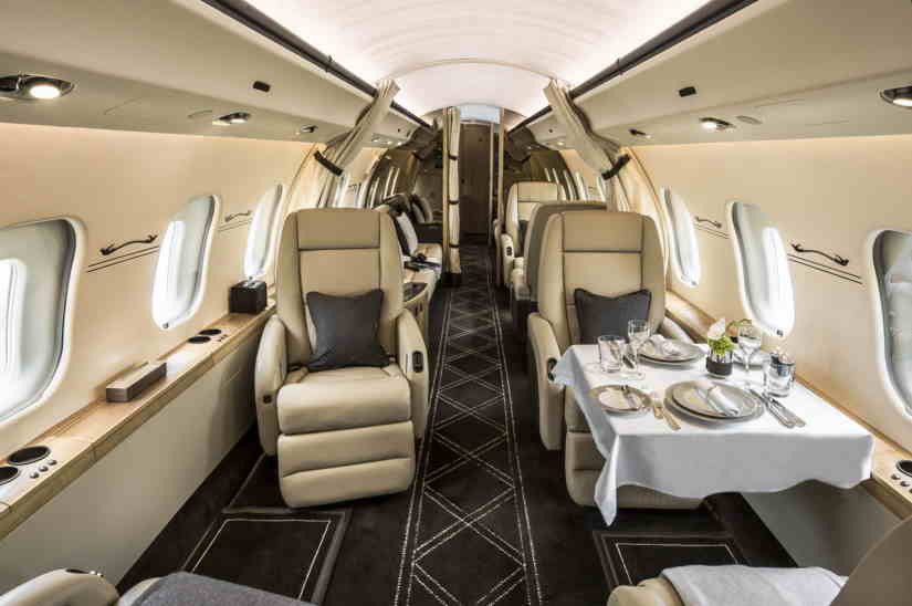 салон самолета Bombardier Global Express XRS