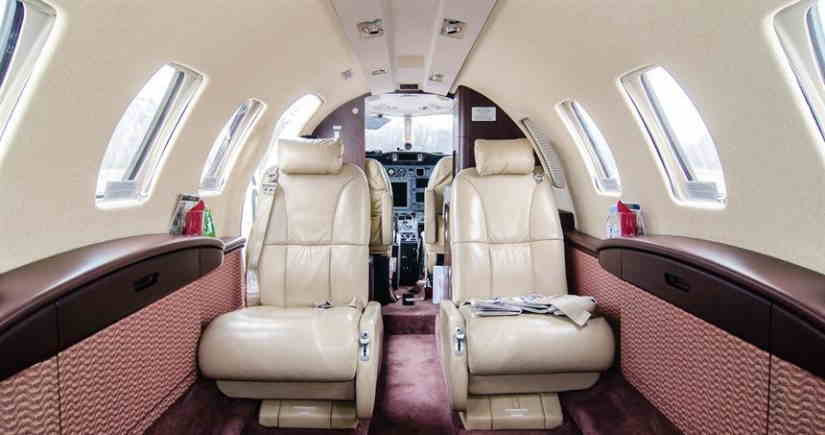 салон самолета Cessna Citation CJ2