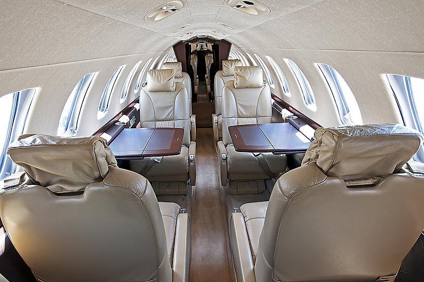 салон самолета Cessna Citation CJ3