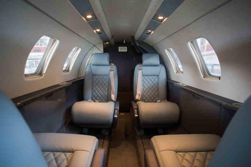 салон самолета Cessna Citation I