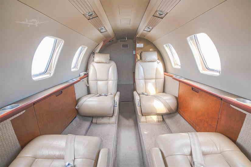 салон самолета Cessna Citation Jet / CJ1