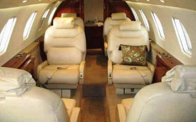 интерьер салона самолета Cessna Citation VI