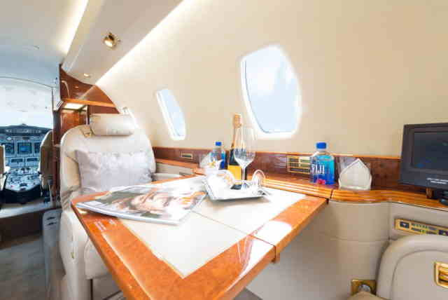 интерьер салона самолета Cessna Citation X