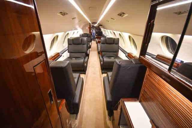 бизнес джет Dassault Falcon 20 в России