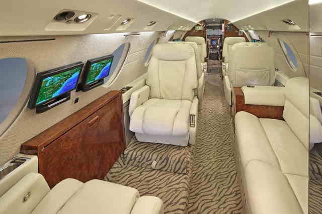 аренда самолета Dassault Falcon 20
