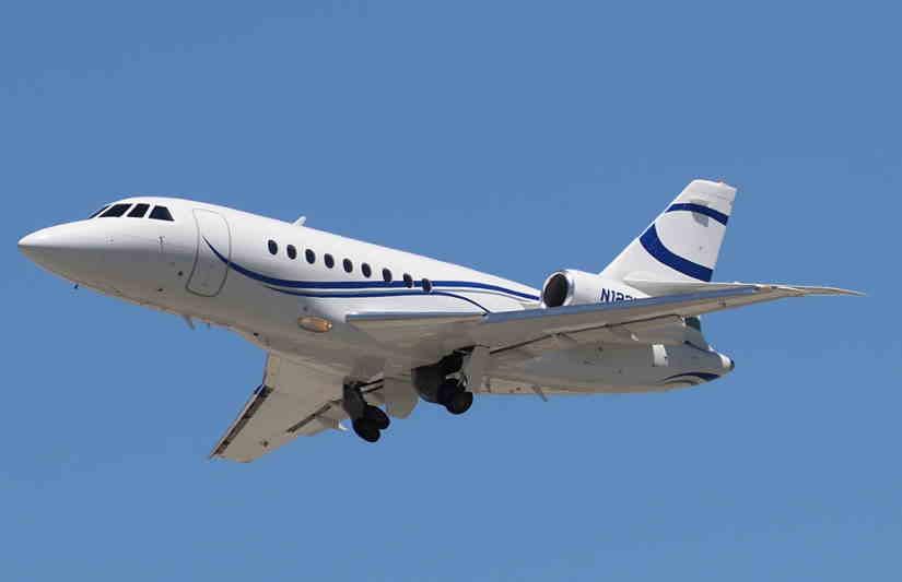 самолет Dassault Falcon 2000