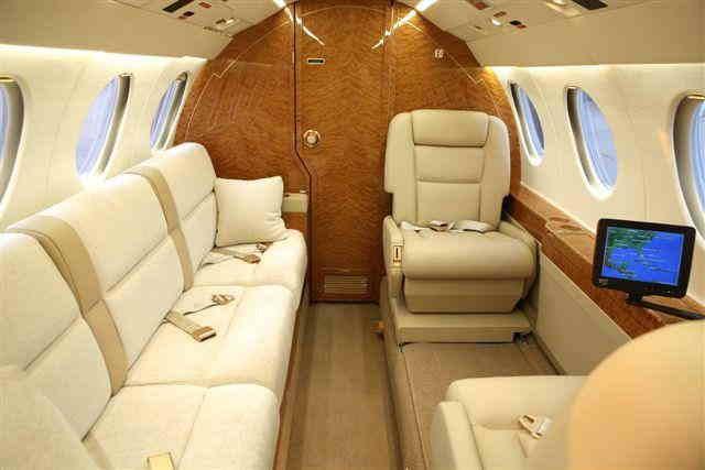 бизнес джет Dassault Falcon 50 EX в России