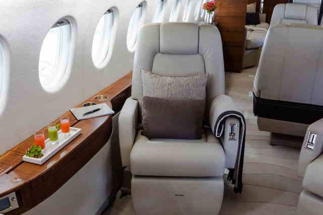 перелет самолетом Dassault Falcon 900 DX