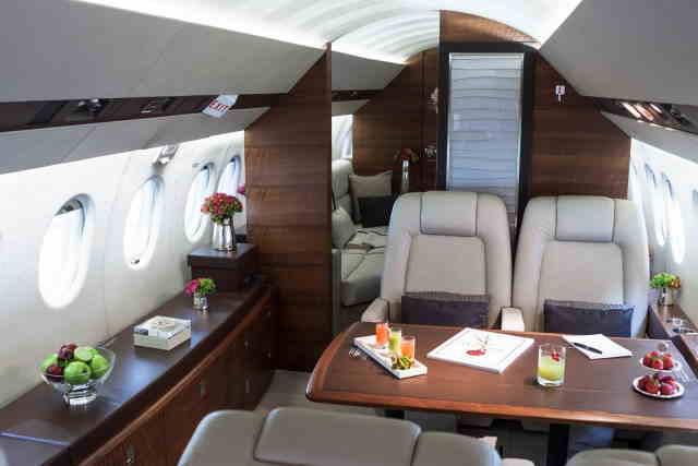 фото частного самолета Dassault Falcon 900 DX