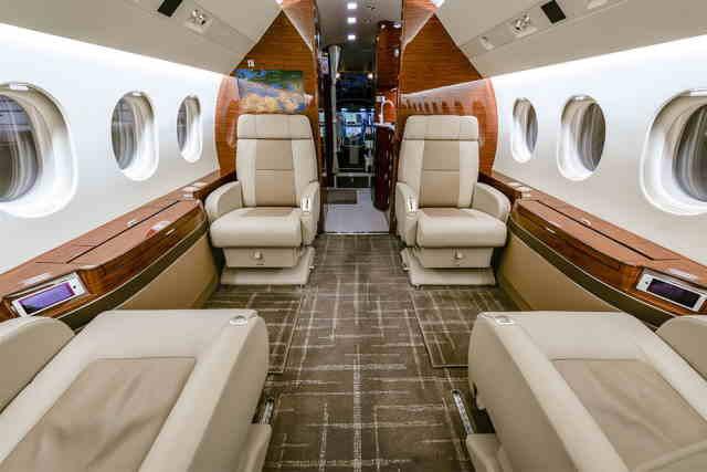 фото частного самолета Dassault Falcon 900 LX