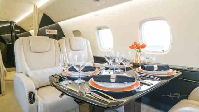 фото частного самолета Embraer ERJ-135BJ Legacy