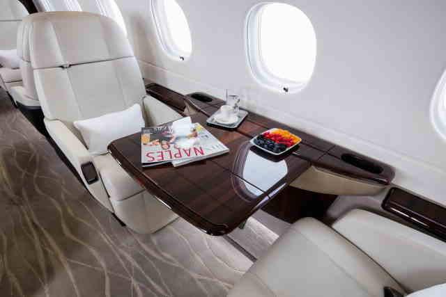 фото частного самолета Embraer Legacy 500