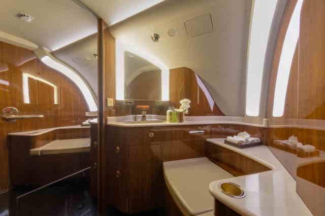 арендовать бизнес джет Embraer Legacy 650