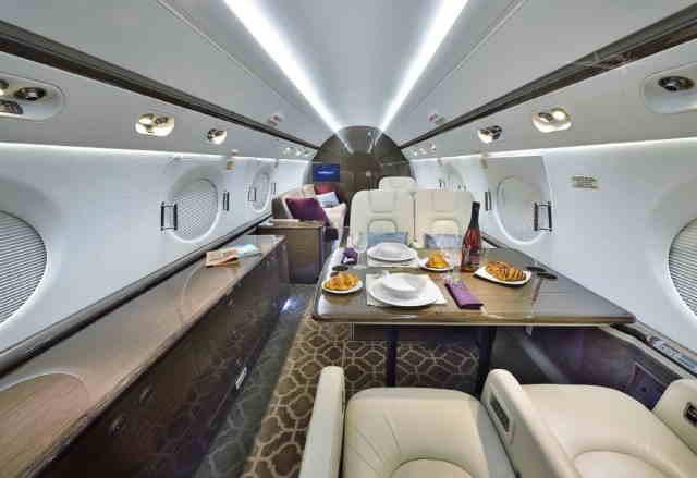 фото частного самолета Gulfstream G550