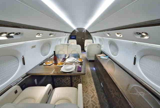 интерьер салона самолета Gulfstream G550