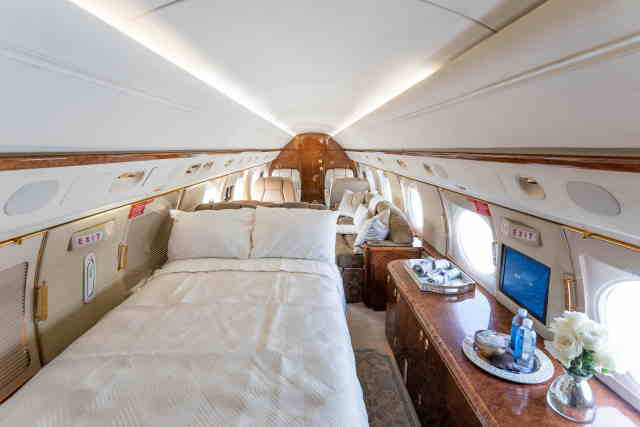 фото частного самолета Gulfstream GV