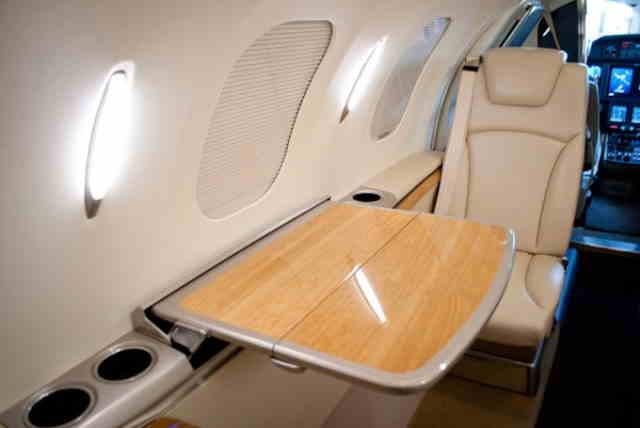 фото частного самолета HondaJet HA-420
