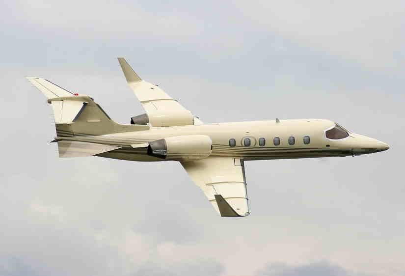 самолет Learjet 31